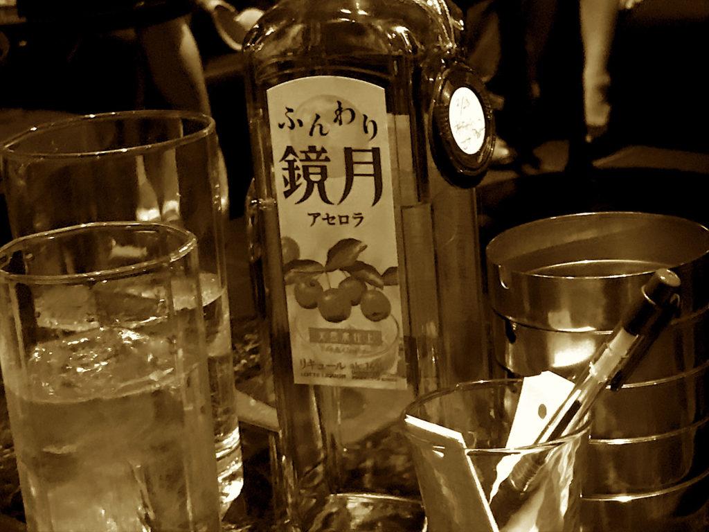 【ガチ】渋谷のキャバクラで、謎のTwitter作家「アセロラ4000」に取材した結果……