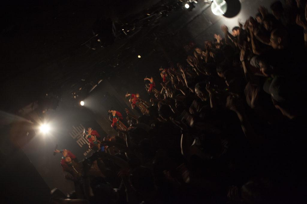 【LIVE REPORT】EMPiRE、「Buttocks beat! beat!」4連発でスタートした初の全国ツアー