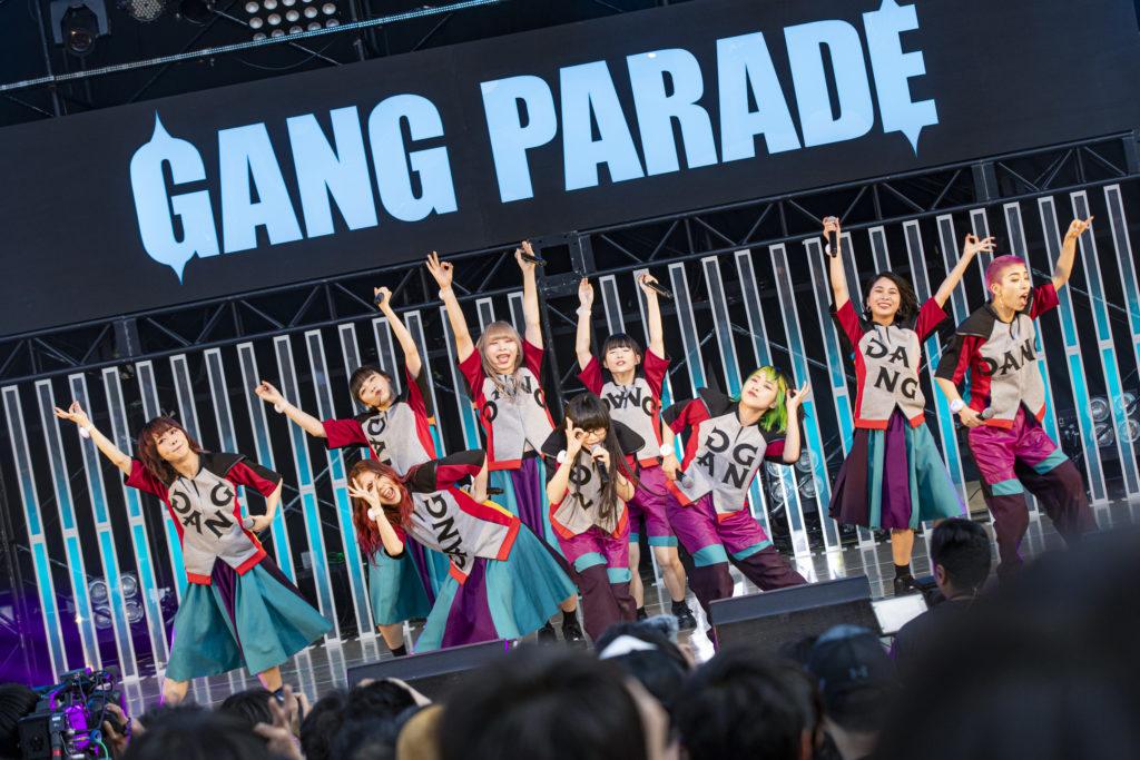 【LIVE REPORT】GANG PARADE、大阪城野外音楽堂にて2500人の前で魅せた9人体制ラストライブ