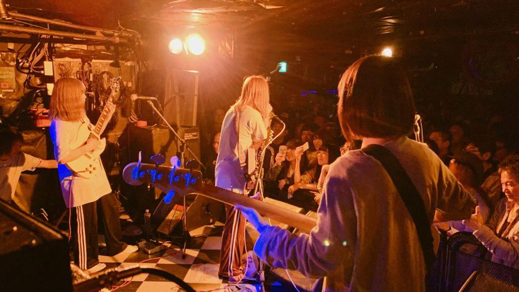 東京初期衝動、初MV「再生ボタン」公開
