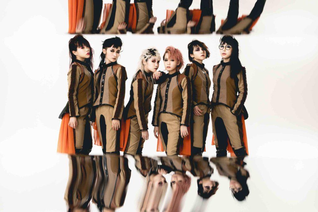 BiSH、アルバムリード曲「DiSTANCE」MV公開&299円でCD緊急発売