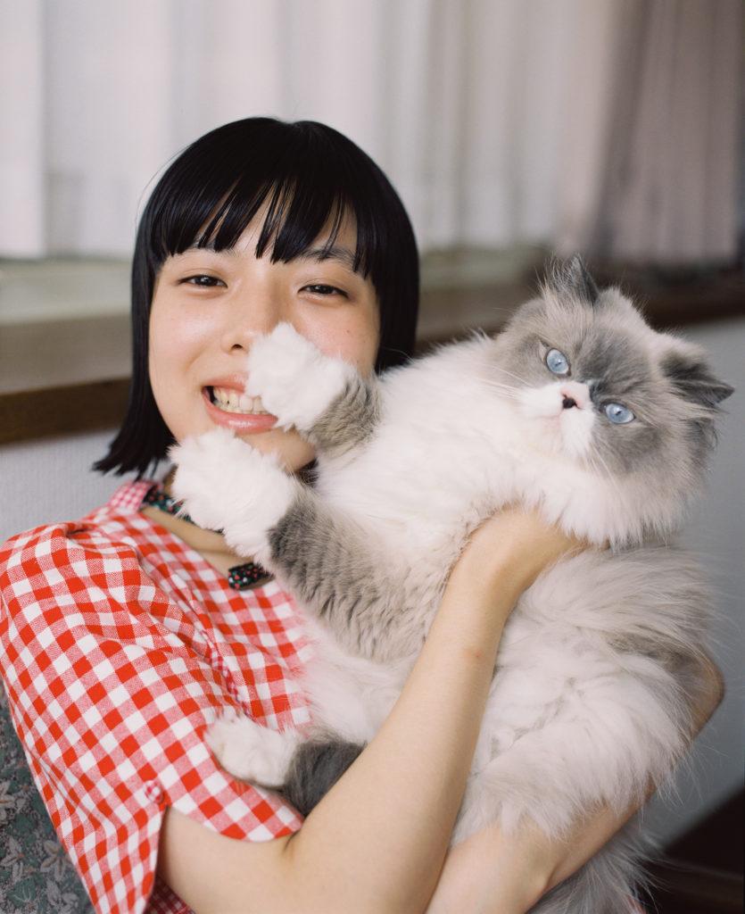 カネコアヤノ、新作『燦々』のジャケット写真・収録曲を公開