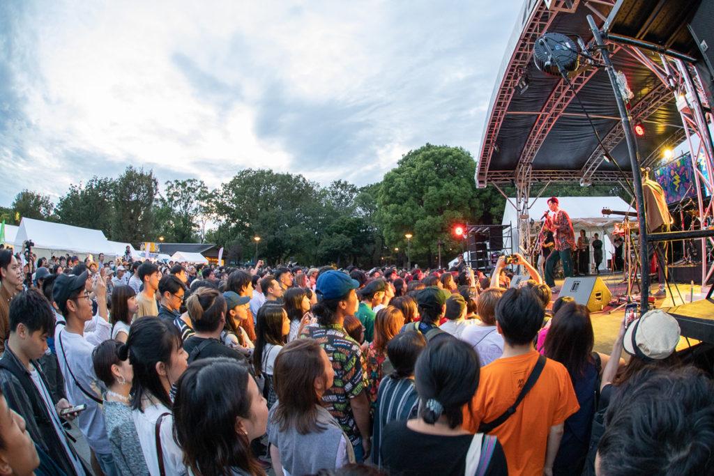【LIVE REPORT】民謡ロック、R&B、HIPHOP──拡がる台湾音楽シーンが集結した〈Taiwan Plus〉1日目