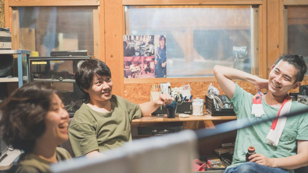 のろしレコード(松井文、折坂悠太、夜久一)新アルバムから「コールドスリープ」MV公開