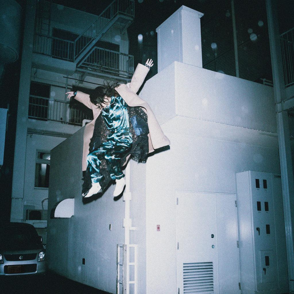 アイナ・ジ・エンド、爪切男原作ドラマ主題歌「死にたい夜にかぎって」ティザー映像第2弾公開