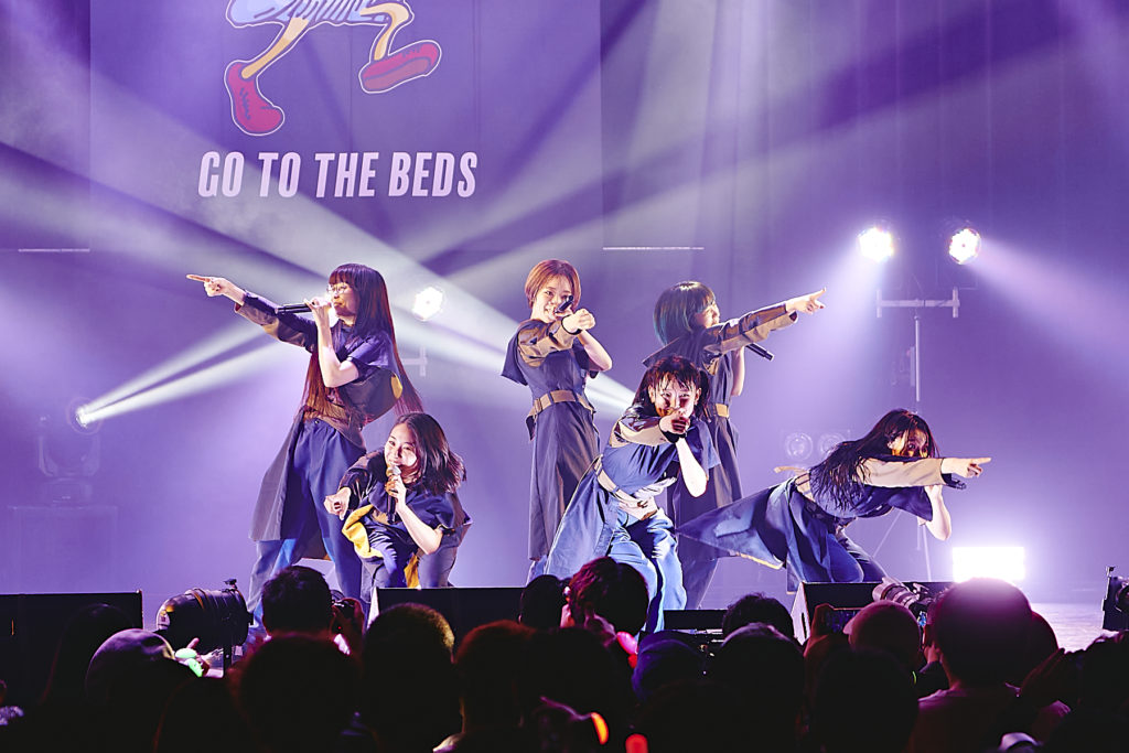 【LIVE REPORT】GO TO THE BEDS、自身最大規模ツアー東京公演で魅せたエンターテインメント